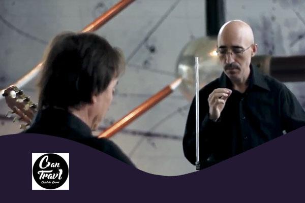 Thursday, November 1, 8:00 p.m. | VICTOR ESTRADA & FRAN GAMALLO – Singulars with guitar | Saló d'Art Miquel Llobet Casal Can Travi – BARCELONA