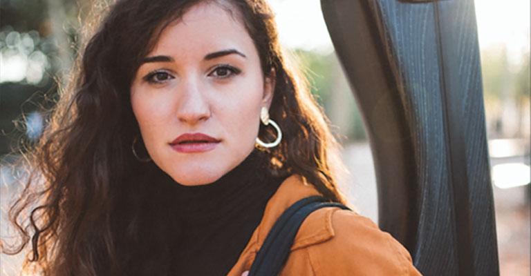 Dijous, 28 d'octubre, 20.00h | Biblioteca de Catalunya | LA GUITARRA ENTRE CONTINENTS | Ana Maria Iordache (guitarra)