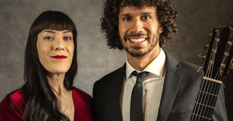 Divendres, 29 d'octubre, 19.00h | Centre Cívic Fort Pienc | PAISATGES DE LLATINOAMÈRICA | Duo Aramai: Adriana Aranda (soprano) i Simón Maisano (guitarra)
