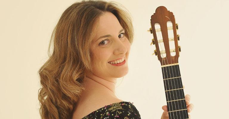 Dijous, 4 de novembre, 20.00h | Conservatori Municipal de Música de Barcelona | HOMENATGE A MARIA LUISA ANIDO, LA GRAN DAMA DE LA GUITARRA | Carmen Becerra (guitarra)